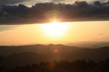 茶臼山からの夕日