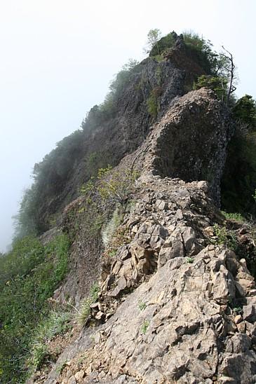 蟻の塔渡 東側