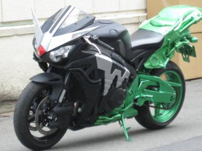 仮面ライダーW バイク画像