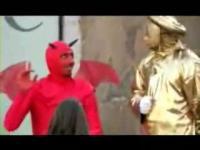 赤い悪魔(Annoying Devils)の悪戯シリーズ イタリア編