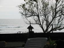 ビーチを眺める