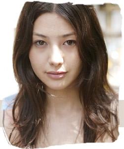 高橋マリ子 画像
