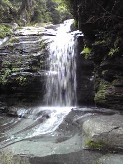 つがねの滝