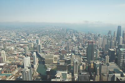 シアーズタワーより 左上にリグレーフィールドがあります
