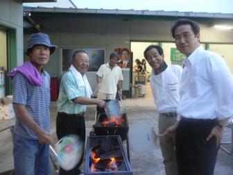 090717深谷市花火大会 吉野川に石斑魚(ウグイ)をの会
