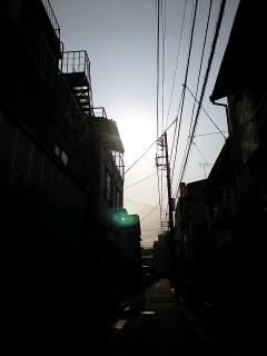 街の朝焼け