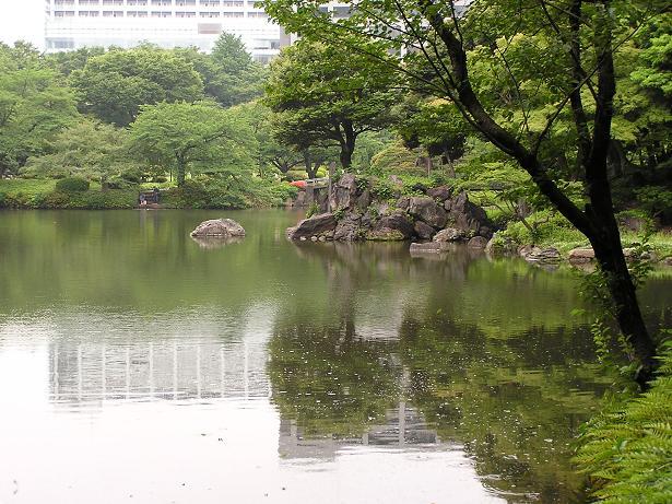 池泉回遊式