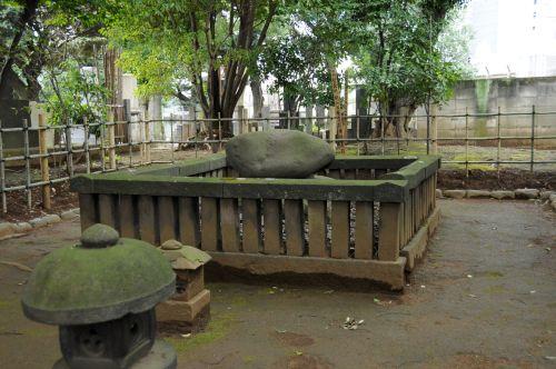 83 沢庵墓