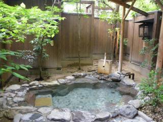 萬象閣敷島の貸切露天風呂