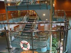 階段エントランス
