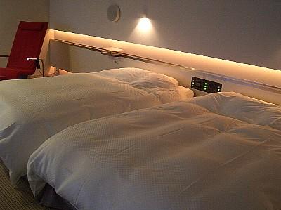 h-bedroom.jpg