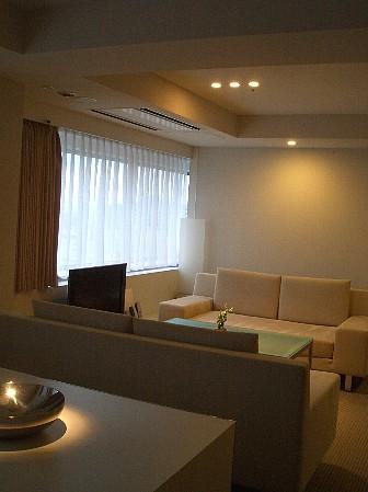 h-room1.jpg