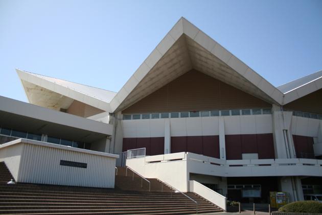 001体育館