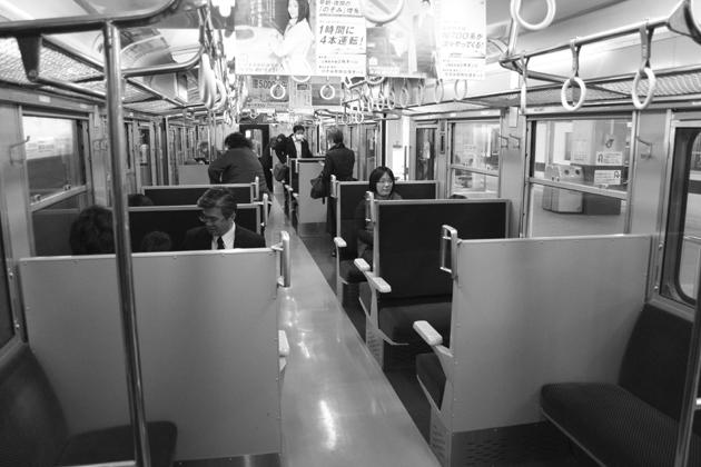 004電車内