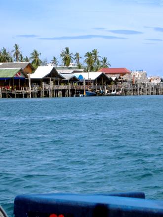 サラダン港
