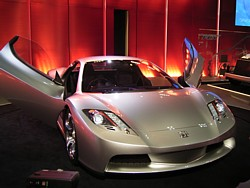 次期NSXと言われたHSX(2003年モーターショーにて)