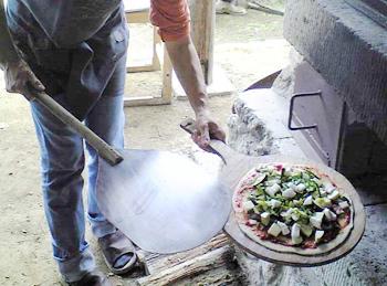 石釜ピザ焼き