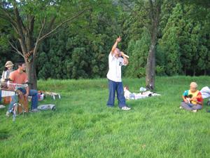 公園で演奏