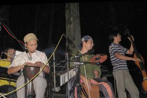 滝のコンサート byロマンチ楽団