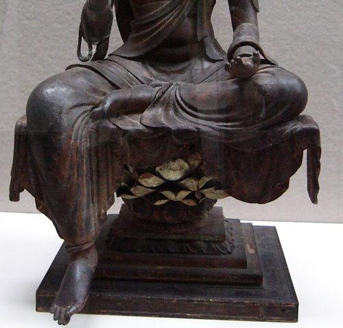 奈良博菩薩坐像03