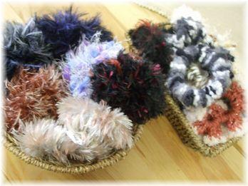 毛糸シュシュ 150円から350円