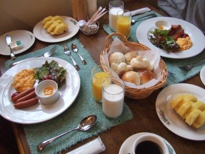 2007GW森の時計朝食