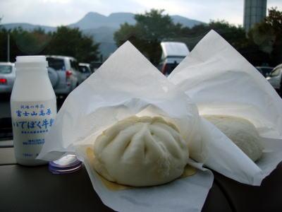 朝食(足柄SA)
