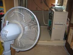 扇風機で冷却