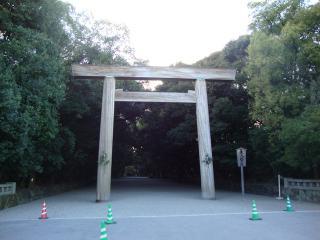 熱田神宮東門
