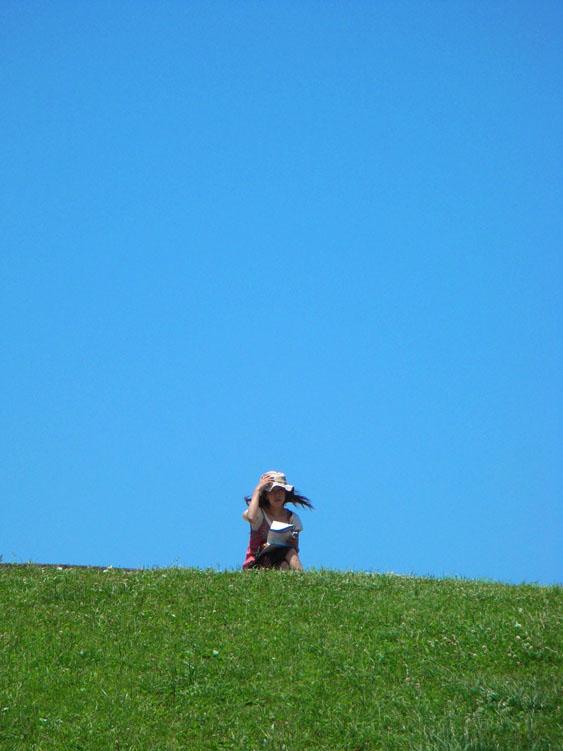 080708梅雨の晴れ間の榎の丘2