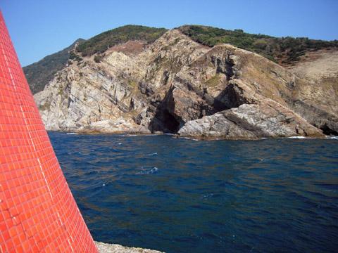 灯台のタイルのアップ