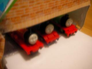 ちんまり機関車