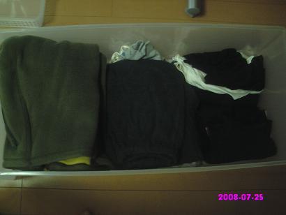衣装ケース整理後