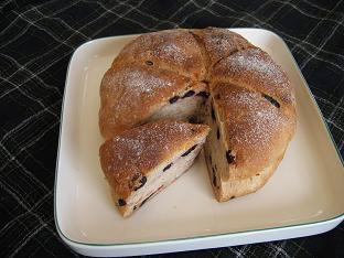 ベリーとオートミールのパン