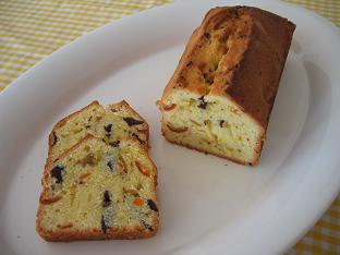 金柑ときざみチョコのバターケーキ