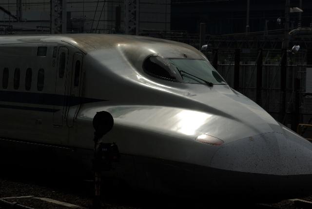 ぎらぎらN700系