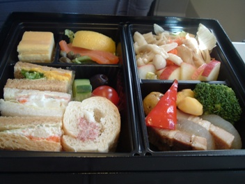 ANA東京ー新千歳(札幌)行き機内食