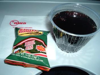 ノースウエスト航空シンガポール行きエコノミークラス機内食
