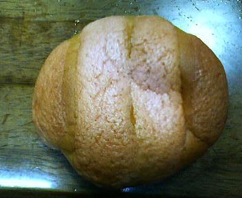 サンマルクのいちごメロンパン