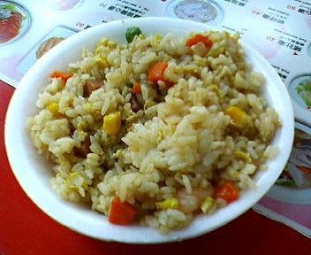 炒花枝羹(いかスープ)屋のチャーハン