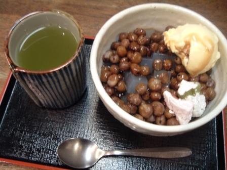 新宿西口甘味喫茶時屋で豆かん