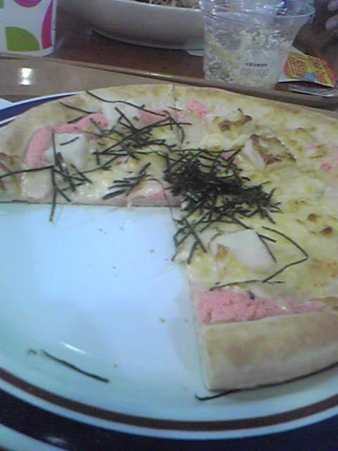 遠足☆八景島お昼「たらこもちピザ」