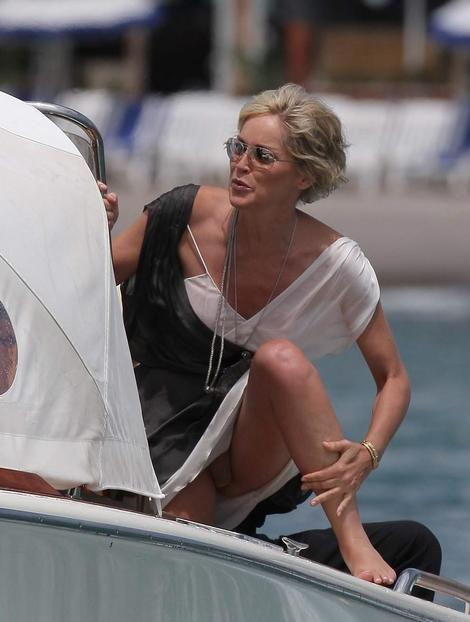sharon-stone-cannes-01.jpg