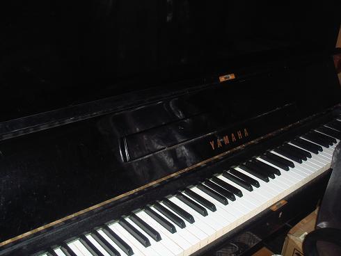 中野家ピアノ