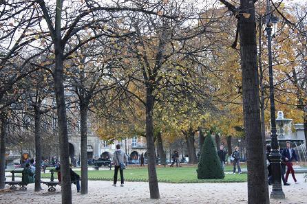 パリ-ボージュ広場2