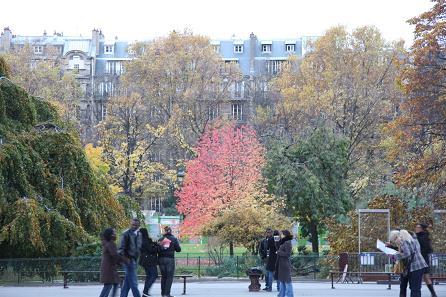 シャン・ド・マルス公園風景