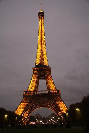 エッフェル塔の夜景1