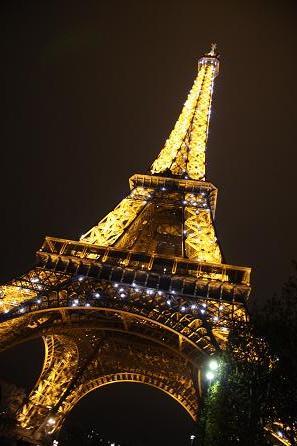 エッフェル塔の夜景2