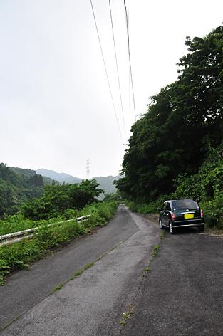 観音滝への道