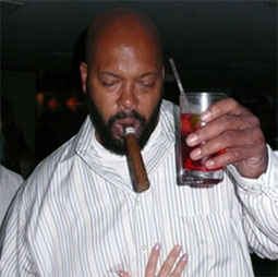 sugeknight08082901.jpg